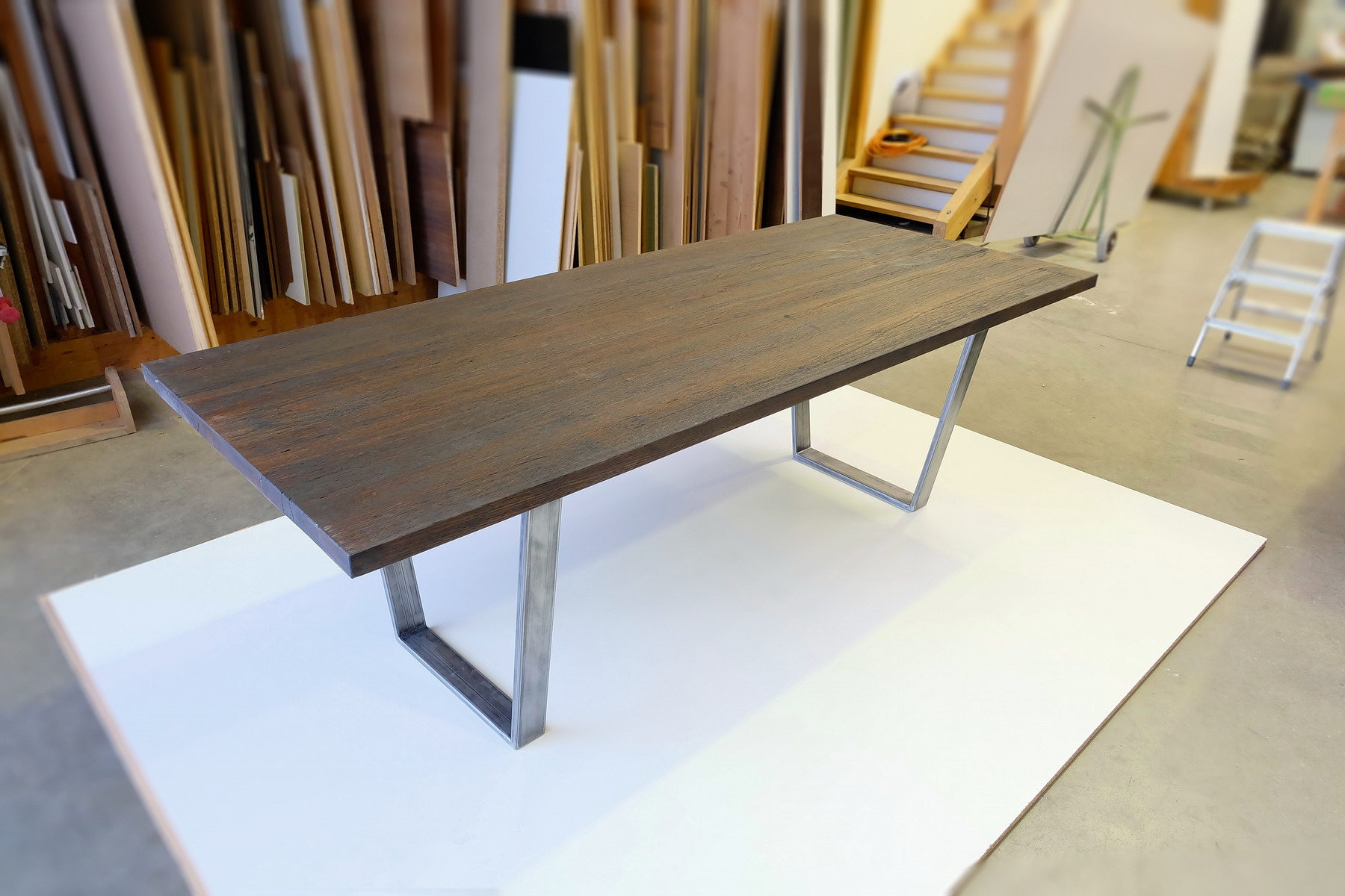 tisch in kupfer eiche resch innenausbau. Black Bedroom Furniture Sets. Home Design Ideas