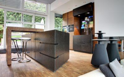 Küche in Eiche & Naturstein