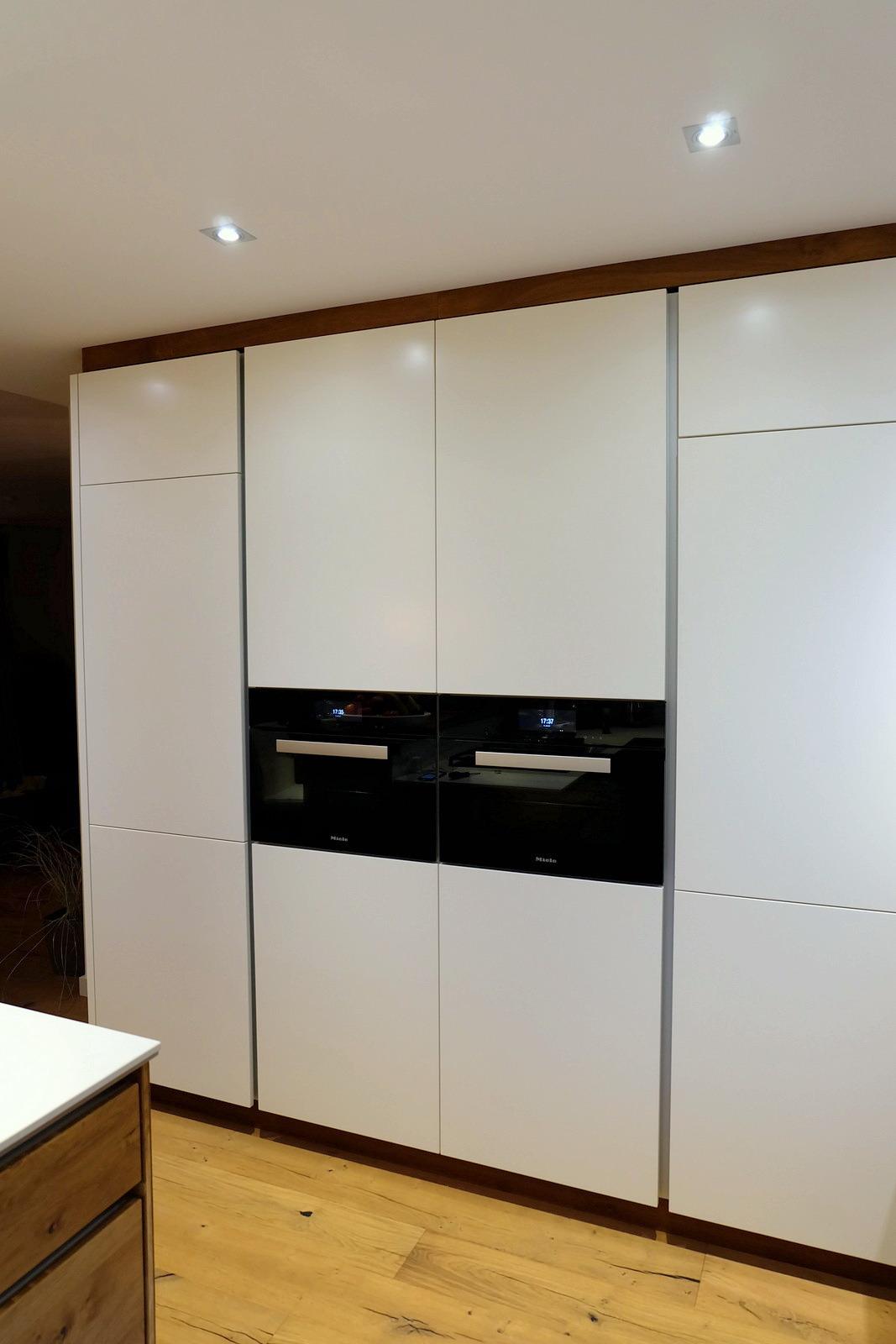 Küche in Eiche und weiß 0