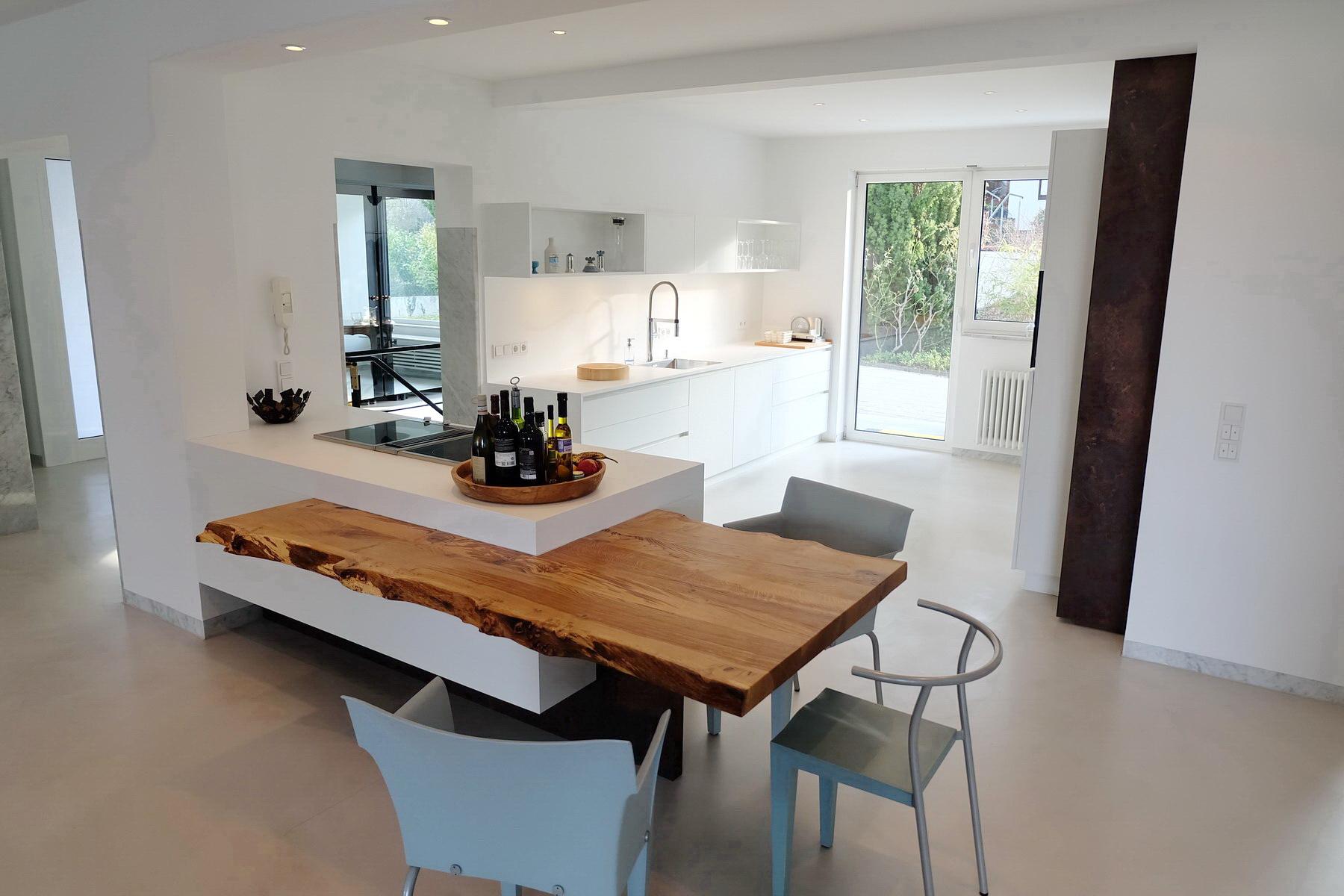 Küche mit Baumkante 1